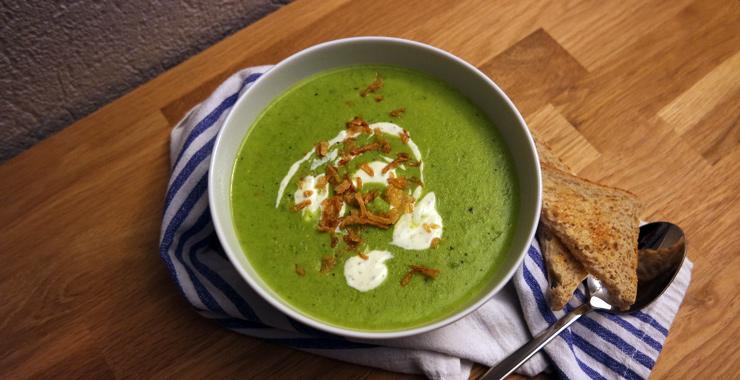 Grüne Erbsencremesuppe leicht gemacht