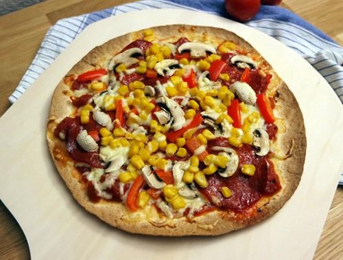 Schnelle Tortilla-Pizza mit Chorizo und Gemüse